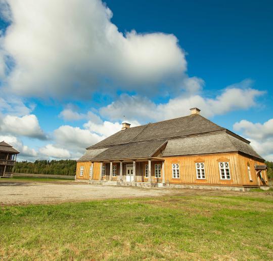 dvarai vidurio Lietuvoje